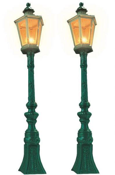 2 Oldtimer-Straßenlampen, grün