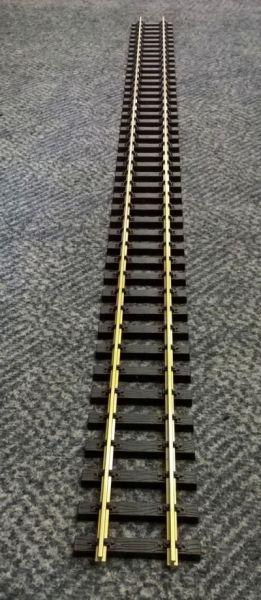 gerades Gleis 1200mm, Messing mit Schraubverbinder / trainline 1011200 120cm